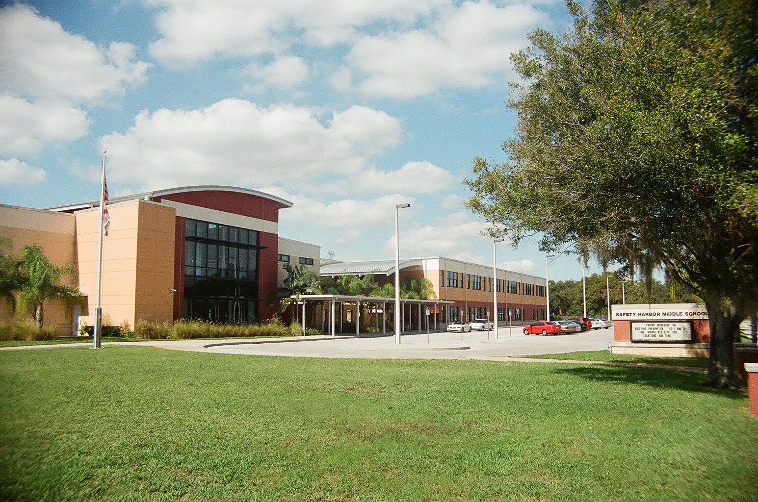 Safety_harbor_middle_school